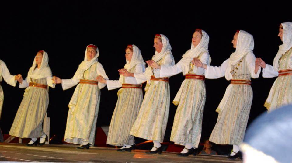Traditional greek dancing in Koroni